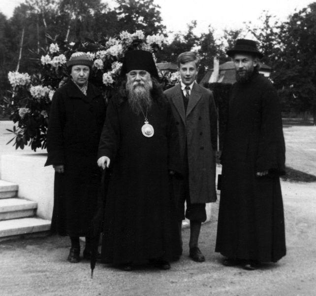 Карловы Вары (Карлсбад), начало 1930-х годов. С Епископом Сергием (Королёвым).